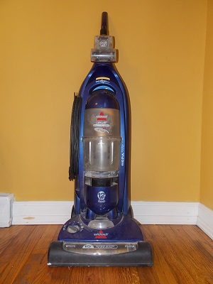 Bissell Lift-Off Multi-Cyclonic Pet Vacuum